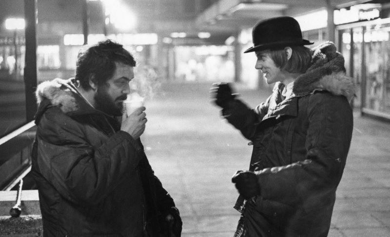 """Kubrick e Malcolm McDowell sul set di """"Arancia Meccanica"""""""