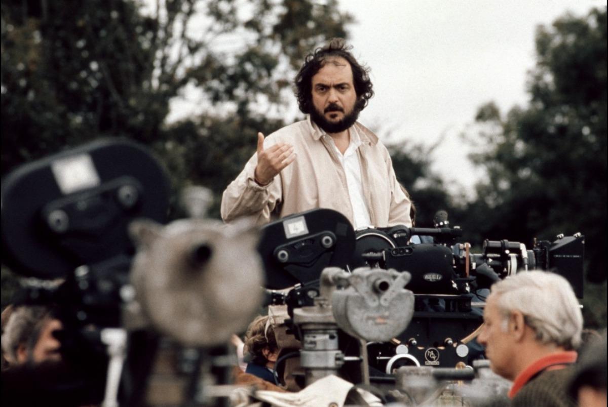 """Stanley Kubrick sul set di """"Barry Lyndon"""", per cui fu candidato come Miglior Regista e Miglior Film senza vincere"""