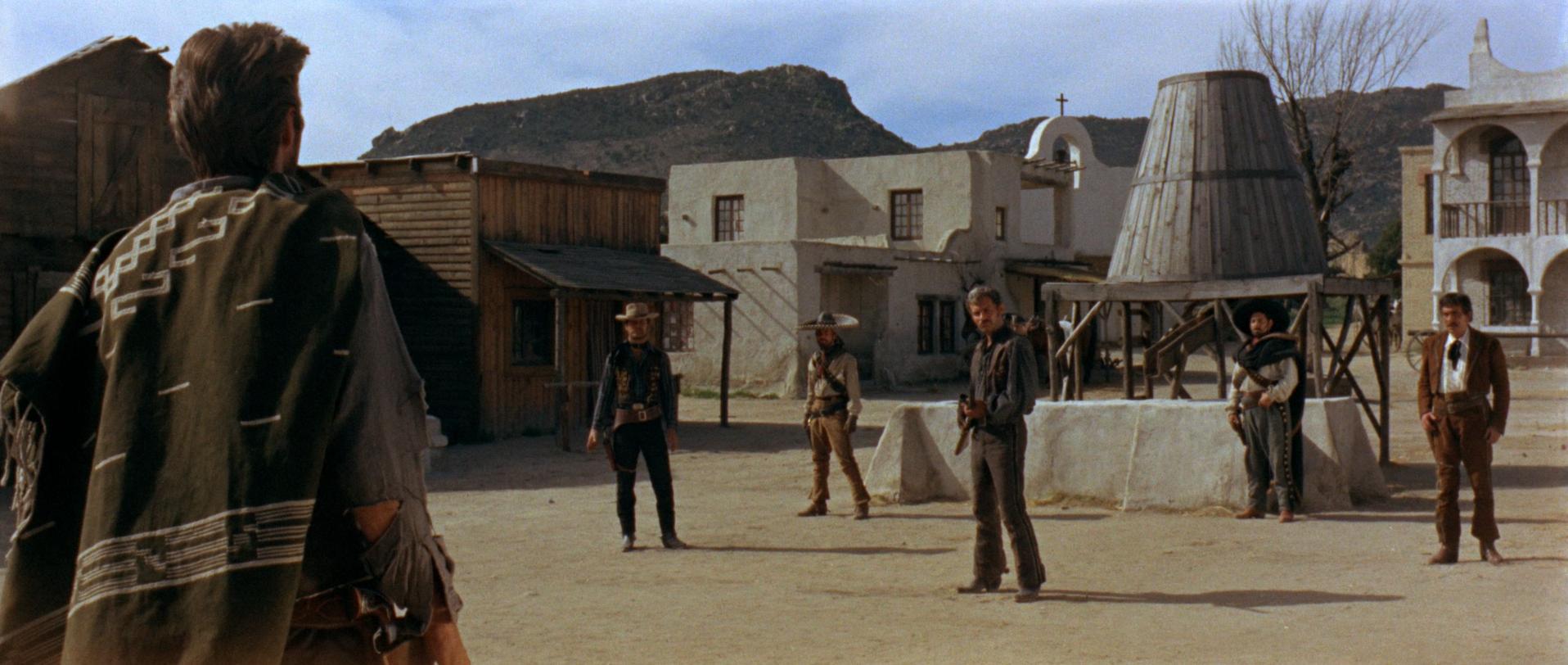 """Una sequenza di """"Per un Pugno di Dollari"""" di Sergio Leone (1964)"""