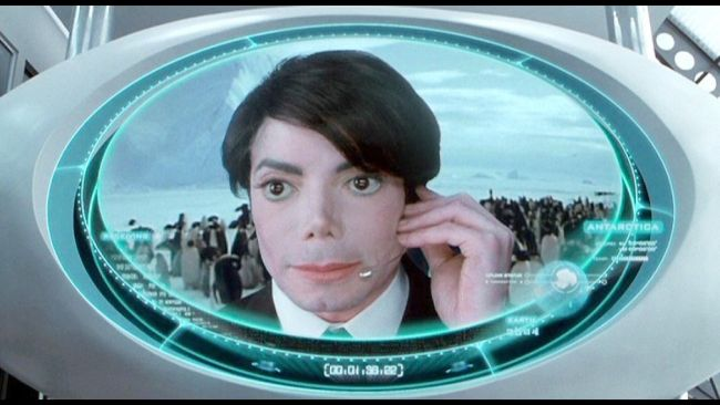 "Jackson nel cameo in ""Men In Black II"" (2002)"