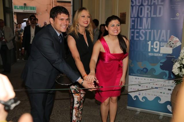 Il Direttore Nuzzo con Anna Falchi per l'inaugurazione dei lavori del Museo del Cinema