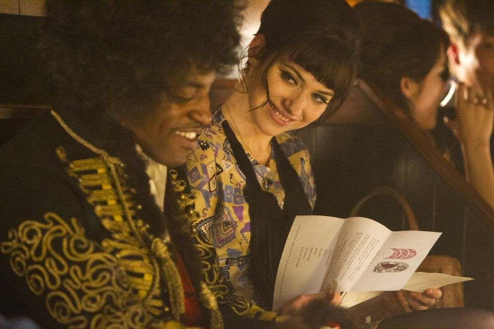 "André 3000 e Imogen Poots in ""Jimi: All Is by My Side"""