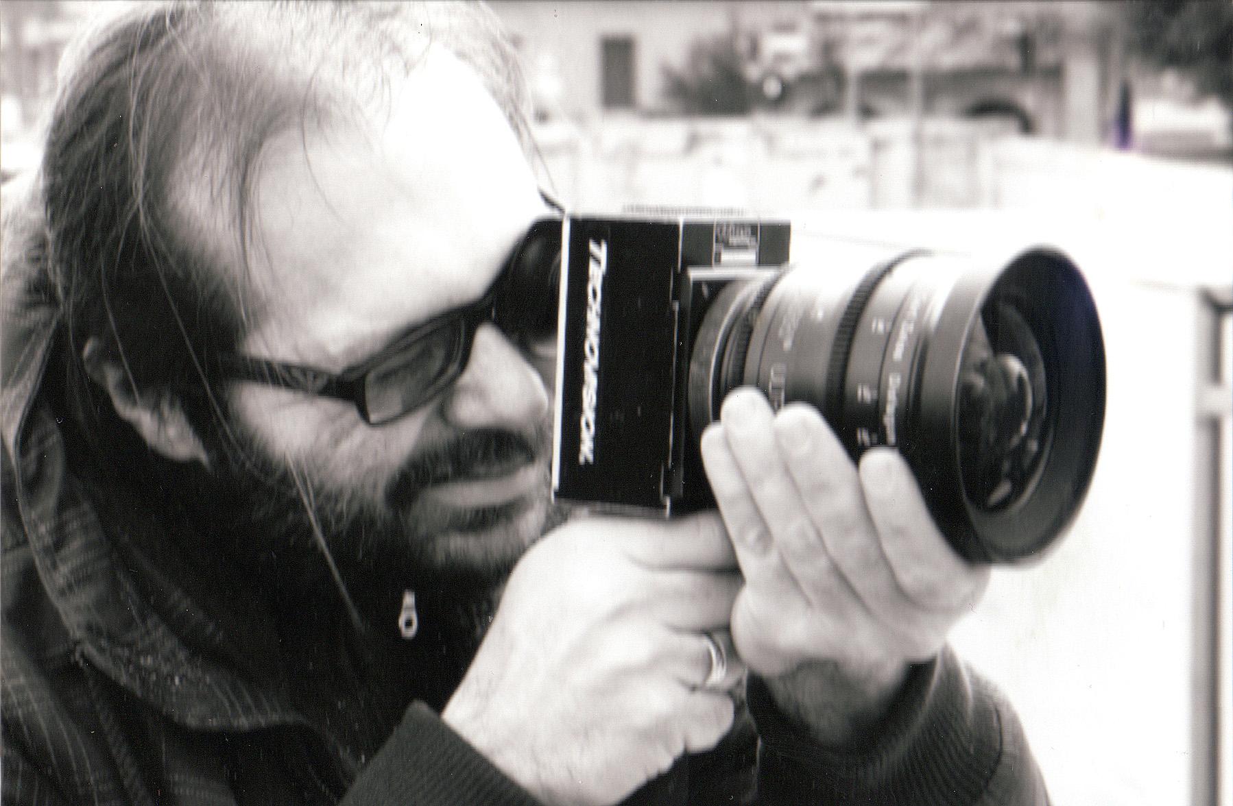 Il regista Carlo Hintermann