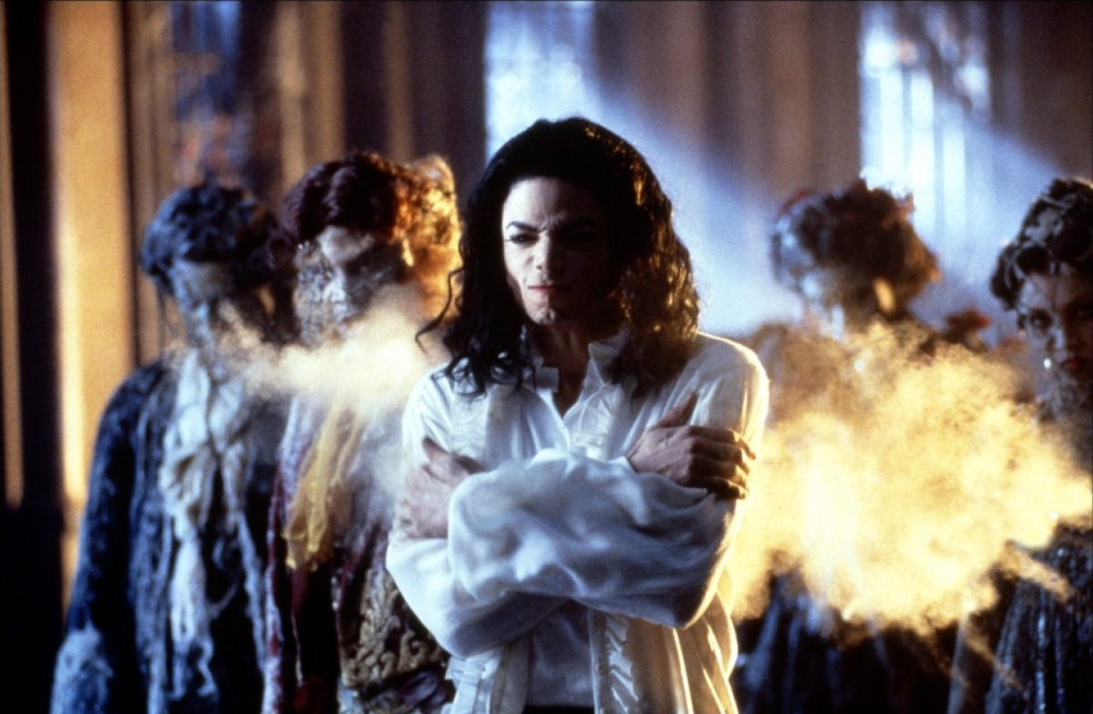 "Il Re del Pop in ""Ghosts"" (1996)"
