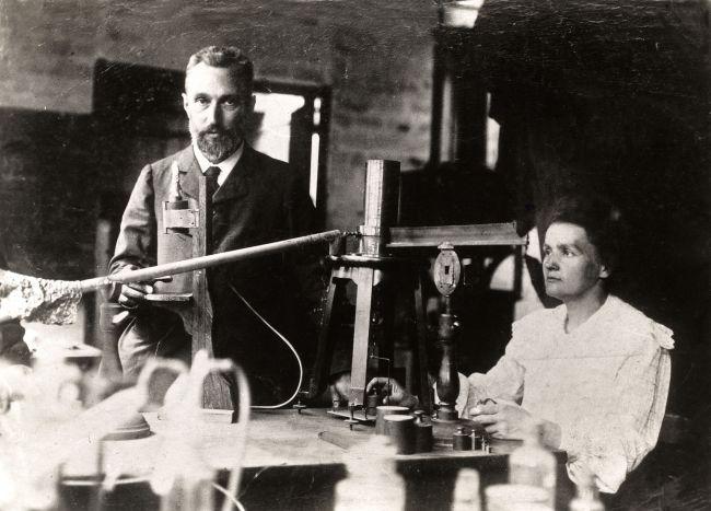Marie Curie con il marito Pierre