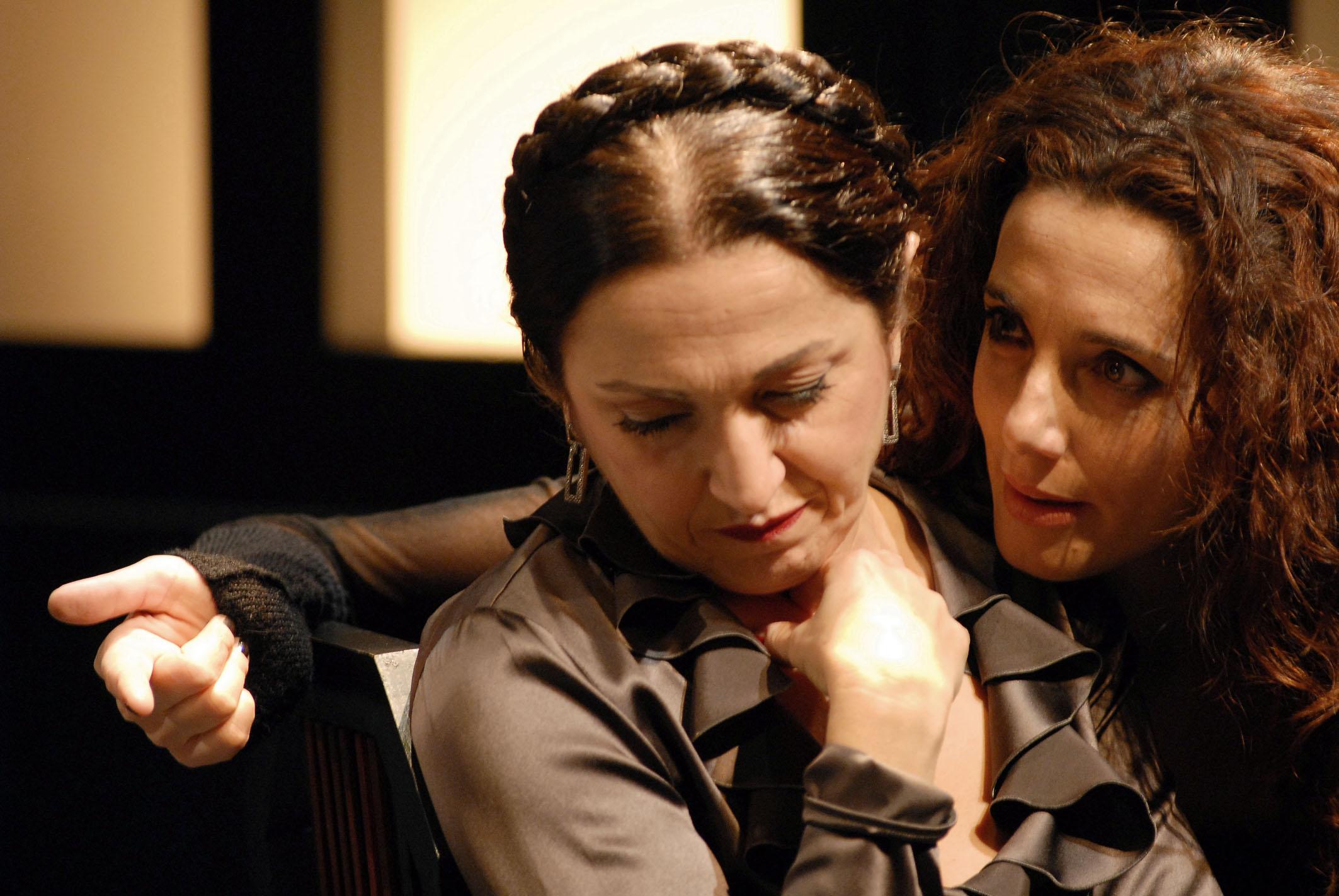 """In scena in """"Ritter, Dene, Voss"""" di Piero Maccarinelli (2007)"""