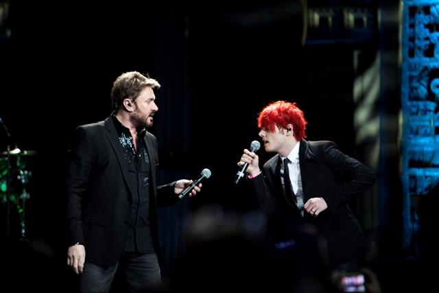 Le Bon duetta sul palco con Gerard Way