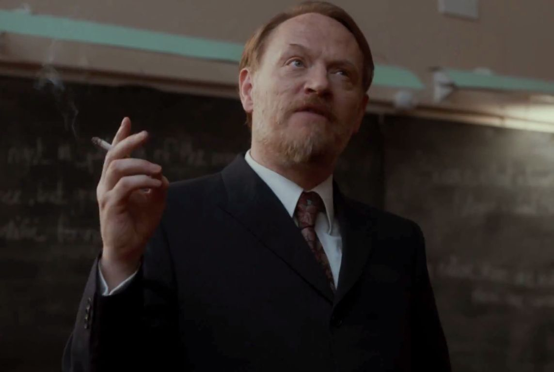 Jared Harris è il Professor Coupland