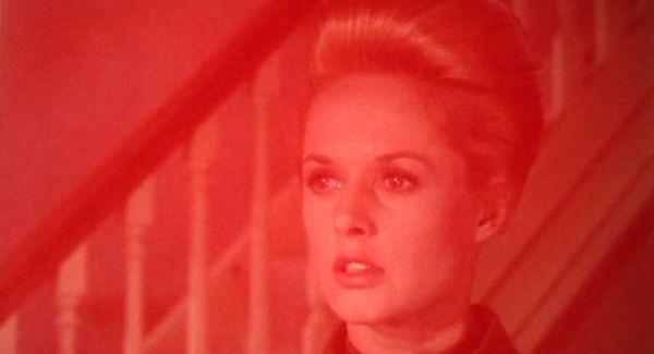Marnie e il colore rosso, quando riaffiora il trauma