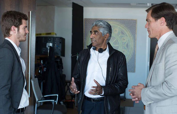 Il regista Bahrani sul set
