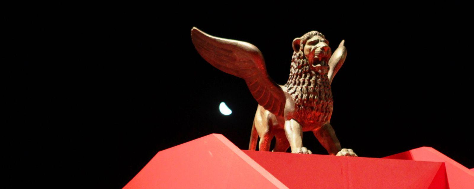 ALLESTIMENTI-2-Foto-ASAC-La-Biennale-di-Venezia-e1311930224178