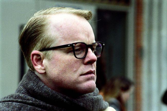 "Seymour Hoffman, premiato con l'Oscar in ""Truman Capote - A Sangue Freddo"""