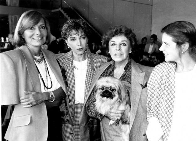 Uno scatto insieme a Rossella Falk, Mariangela Melato e Anna Proclamer