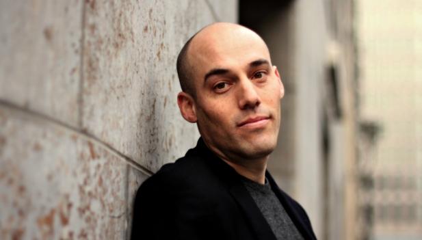 Il regista Joshua Oppenheimer