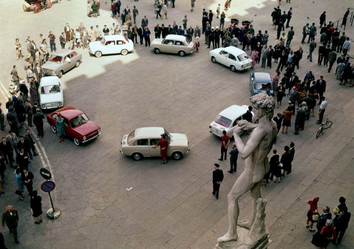 Firenze 1964. Presentazione della Fiat 850 Berlina  (Foto dal Centro Storico e Museo Fiat)