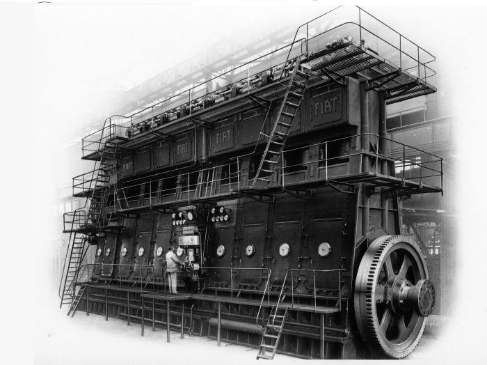 Motore Fiat L 758 1929 – Motore a 8 cilindri di 750 mm di diametro, 4500 HP a 100 giri/1' (Foto dal Centro Storico e Museo Fiat)