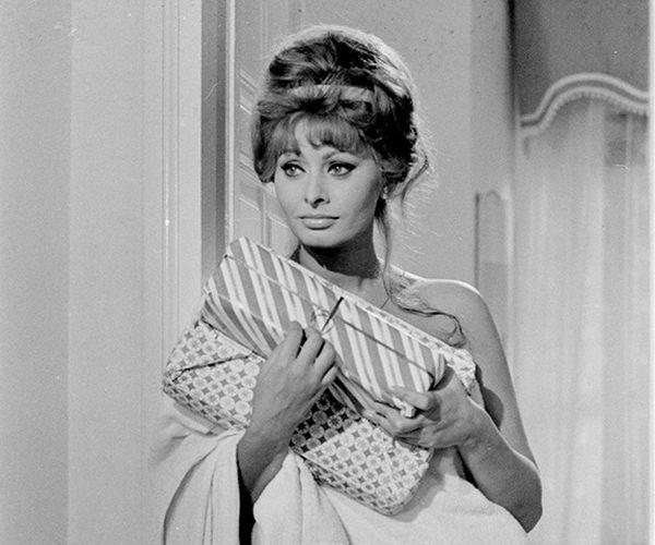 """Sophia Loren in """"Ieri, Oggi e Domani"""" di Vittorio De Sica (1963)"""