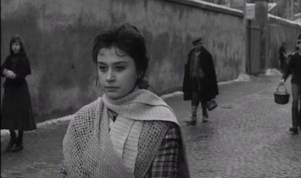 """Raffaella Carrà in """"Compagni"""" di Mario Monicelli (1963)"""