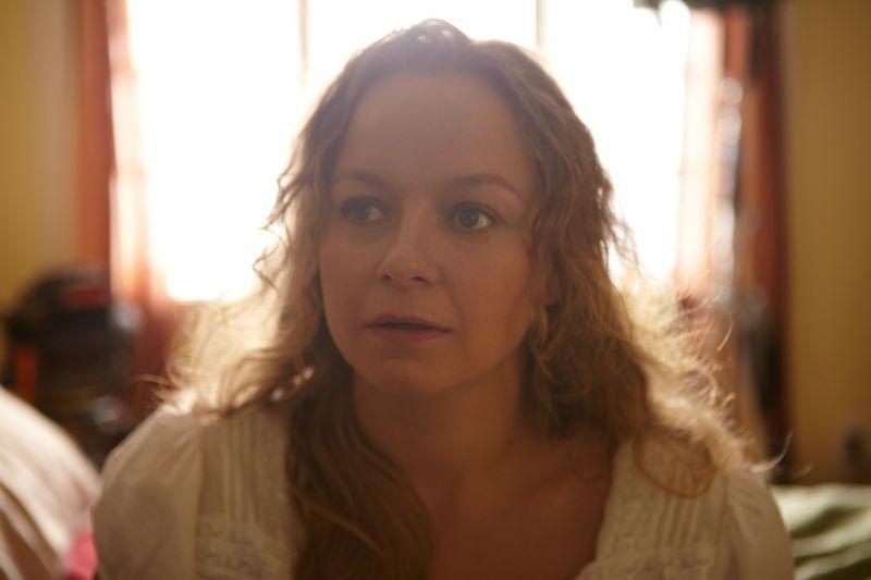 Samantha Morton è Annie Parker