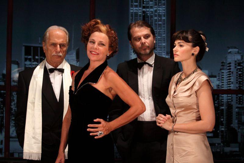 """Il cast di """"Eva contro Eva"""" (Da sinistra: Diberti, Villoresi, Franciosa, Mondello)"""