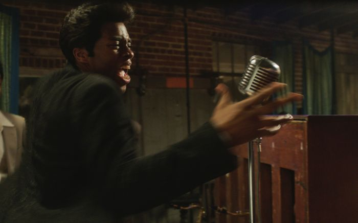 Chadwick Boseman nei panni di James Brown