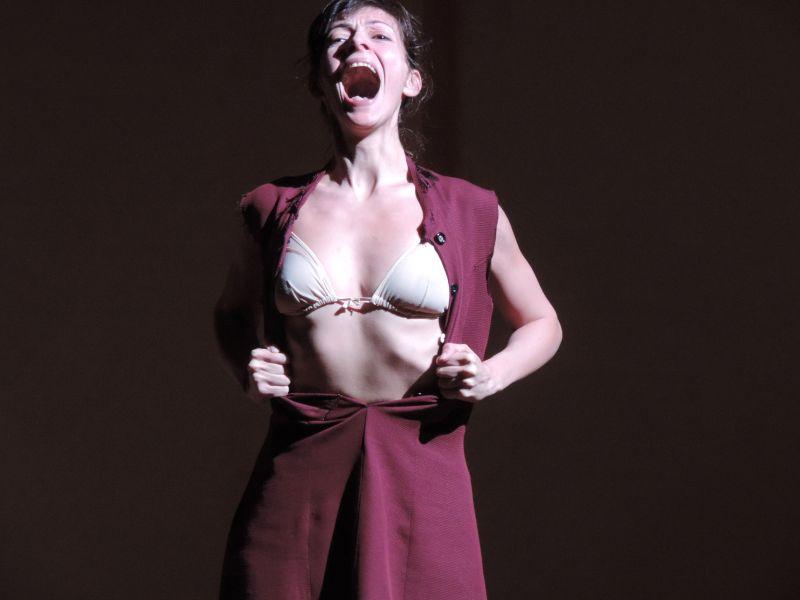 Silvia Lorenzo nei panni di Camille Claudel