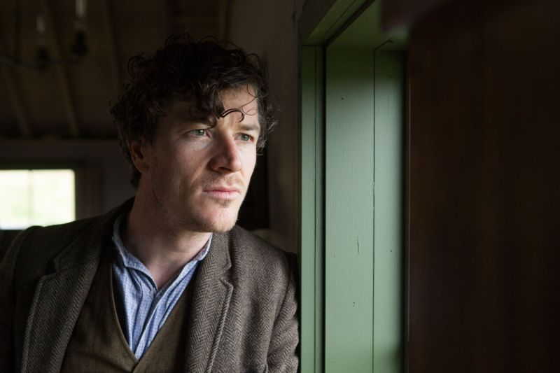 Barry Ward nei panni di Jimmy Gralton