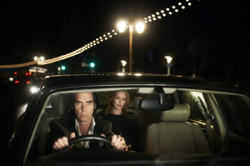 Nick Cave in auto con Kylie Minogue