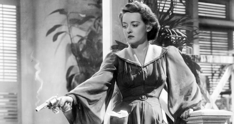 "Bette Davis in ""Ombre Malesi"""
