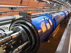 laeffe_La particella di dio_LHC_Tunnel