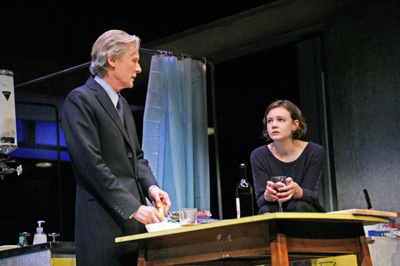 "Bill Nighy e Carey Mulligan protagonisti di ""Skylight"" (foto di John Haynes)"