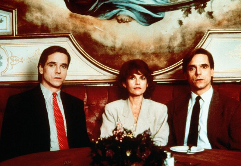 "Jeremy Irons in ""Inseparabili"" di David Cronenberg"