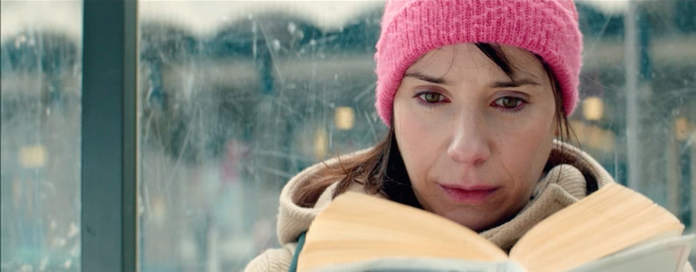 THE PHONE CALL - Sally Hawkins bus stop