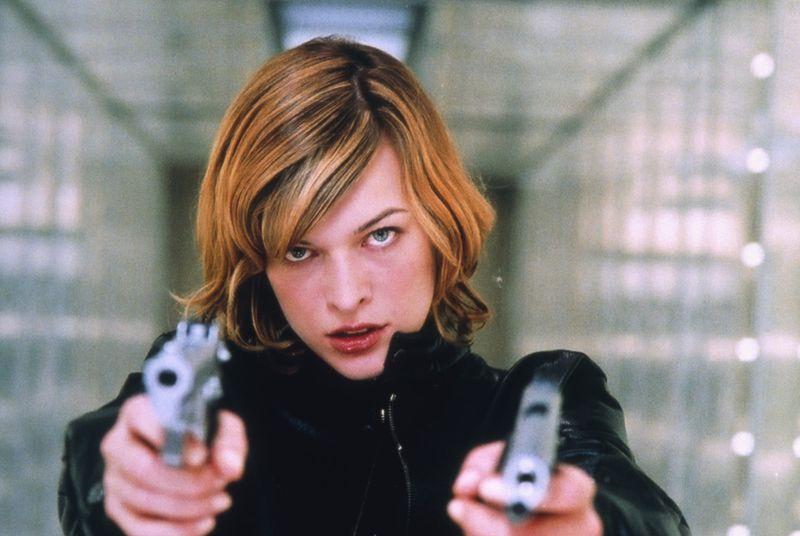 """Milla Jovovich in """"Resident Evil"""" (2002)"""