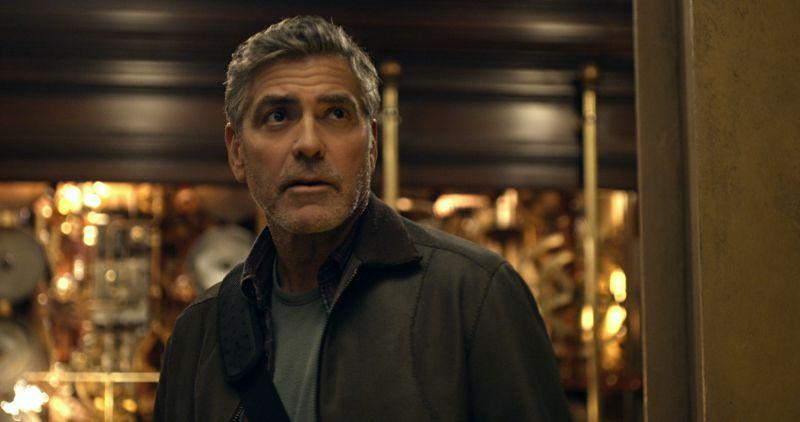 George Clooney è Frank Walker (foto ©Disney 2015)