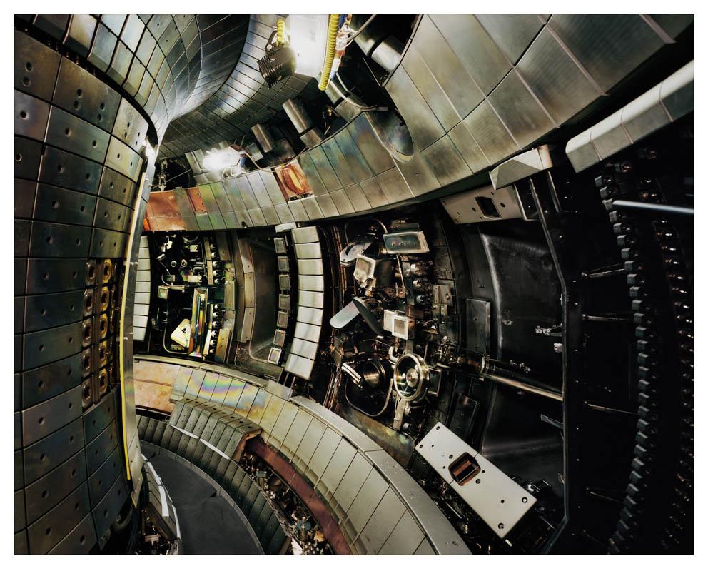 Thomas Struth Tokamak Asdex Upgrade Interior 2, Max Planck IPP, Garching, 2009/2011 Interno del Tokamak Asdex Upgrade 2, Istituto Max Planck di Fisica del Plasma C-print © Thomas Struth