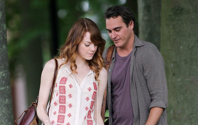 "Emma Stone e Joaquin Phoenix in ""Irrational Man"""