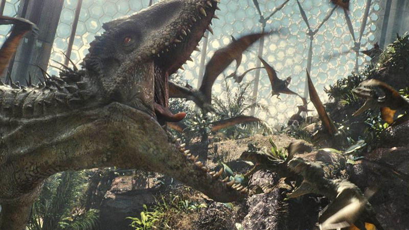 L'Indominus Rex ruggisce (foto Universal Pictures and Amblin Entertainment)