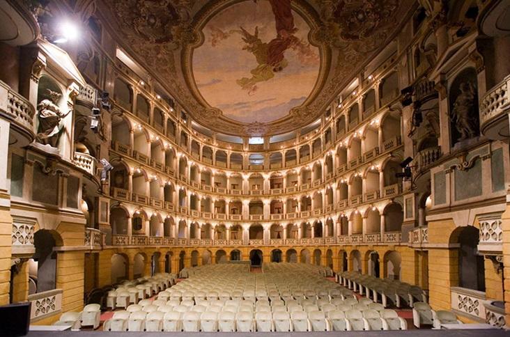Lo splendido Teatro Fraschini di Pavia