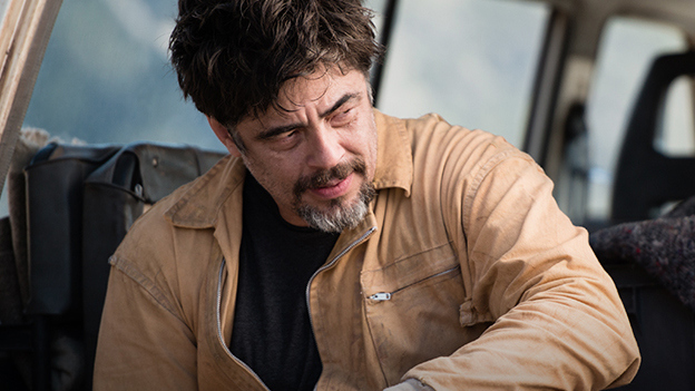 "Benicio Del Toro in ""A Perfect Day"""