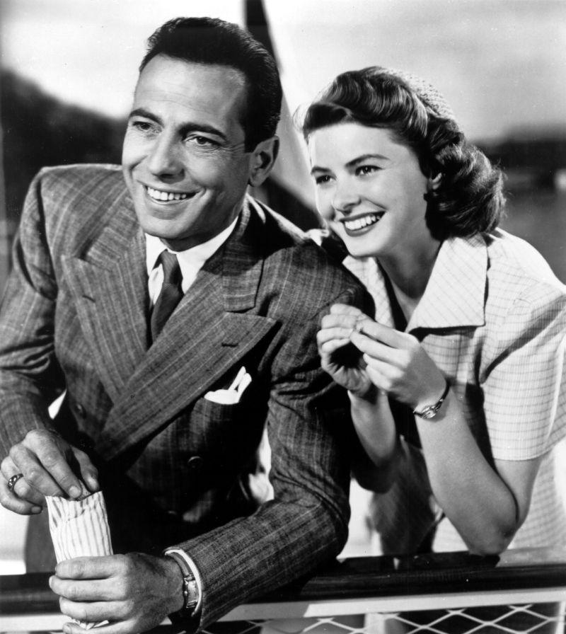 "Ingrid Bergman con Humphrey Bogart in ""Casablanca"""