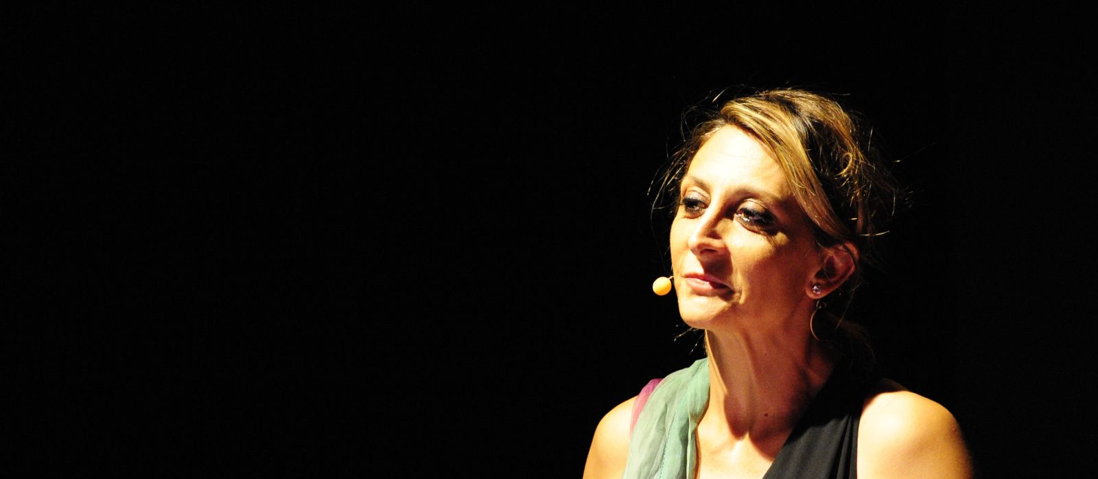 La-ragazza-con-la-valigia-di-Paola-Minaccioni-Rivodutri-2-agosto-2015-10