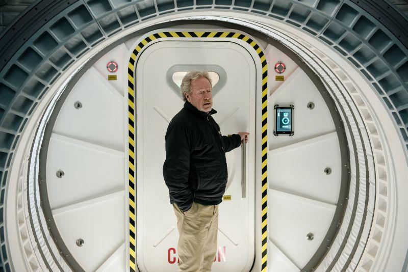 """Ridley Scott nella navicella, un omaggio a """"2001: Odissea nello Spazio"""" di Kubrick"""