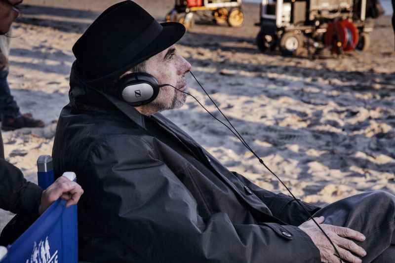 Claudio Caligari sul set del film (foto A. Turetta)