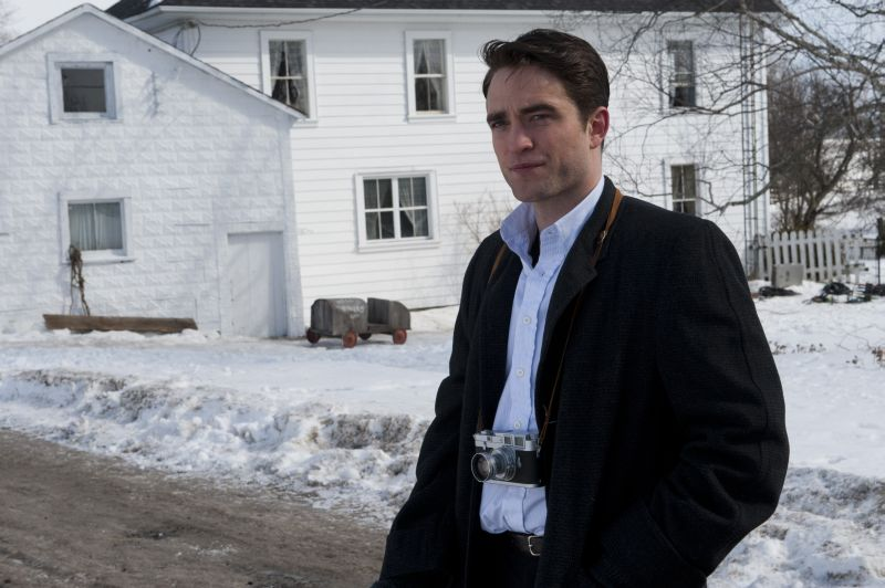 Robert Pattinson è Dennis Stock