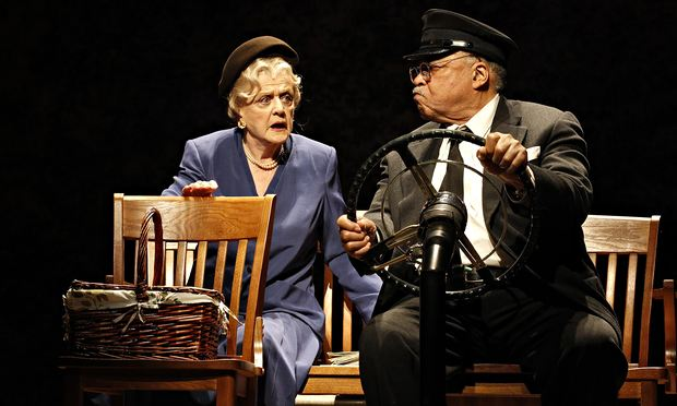 """A teatro in """"Driving Miss Daisy"""""""
