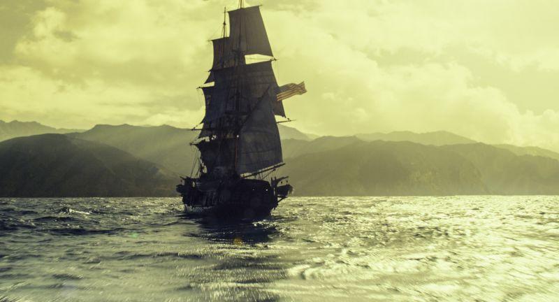 La Baleniera Essex.... (foto © 2015 Warner Bros and Ratpac-Dune)