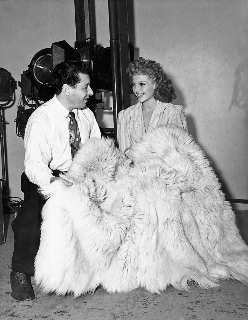 George Hurrell and Rita Hayworth at Columbia Pictures Studios, Los Angeles, 1942 © John Kobal Foundation