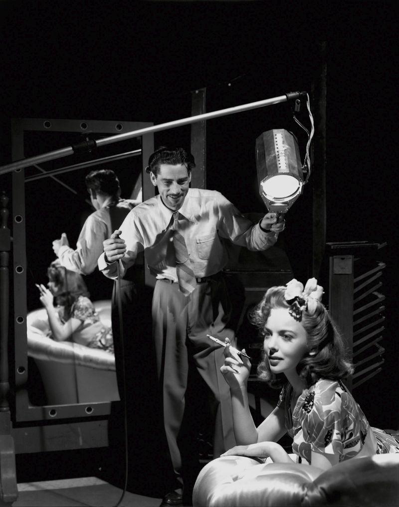 Scotty Welbourne and Ida Lupino at Warner Bros Studios, Burbank, 1940 © John Kobal Foundation