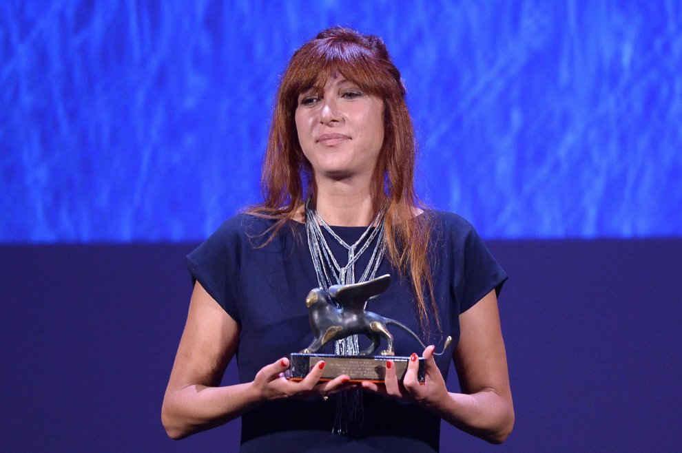 La nostra Federica Di Giacomo con il Premio per il Miglior Film degli Orizzonti